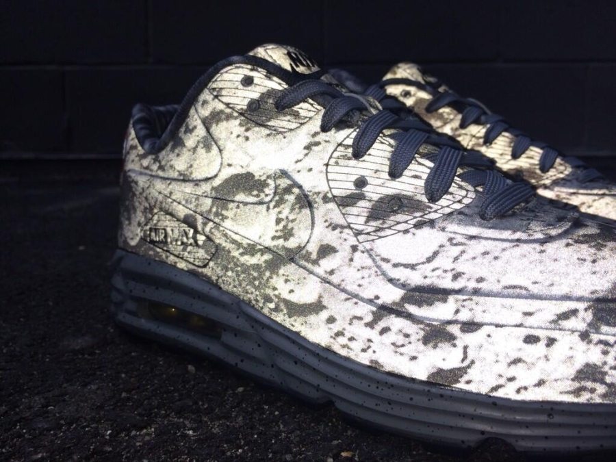 hot sale online 57df4 8aa9a Moon Landing Air Max 90   SneakerNews.com