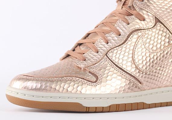 pas mal 6ca84 ce1e8 Nike Dunk Sky High - SneakerNews.com