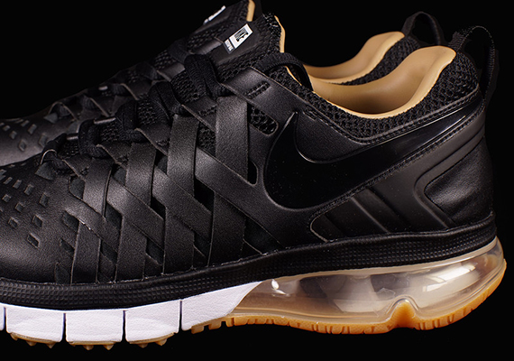 Nike Brown Bottom Lifestyle Shoes