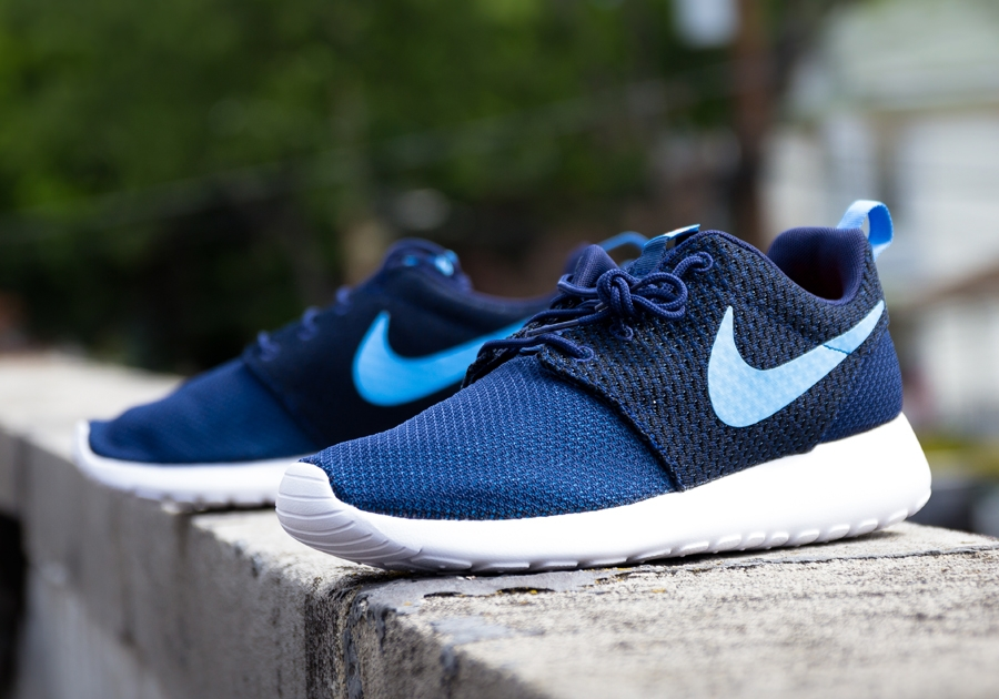 nouvelles chaussures jordans coming out - nike-roshe-run-midnight-navy.jpg