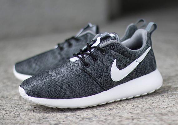 Nike Roshe Run Black Anthracite White