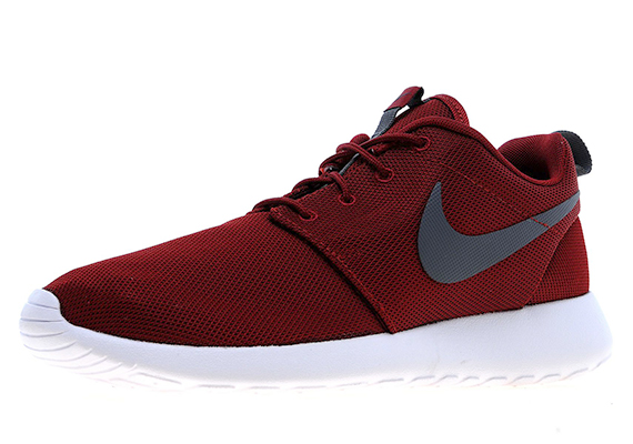red and black nike roshe