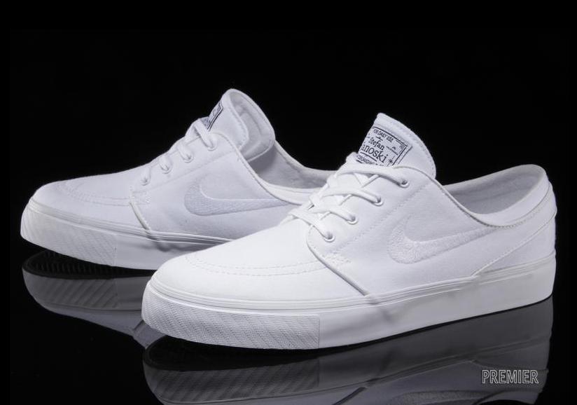 white nike sb shoes