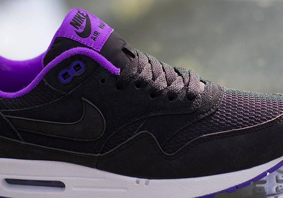 Nike Air Max 1 Essential Black Hyper Grape
