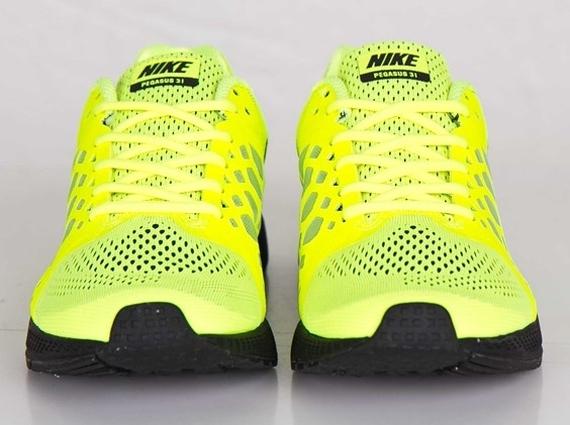 23fa12fa5a324 Nike Zoom Pegasus 31 - Volt - Black - SneakerNews.com