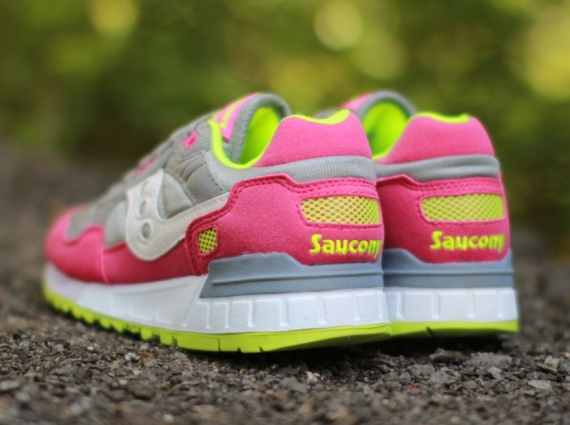 saucony shadow 5000 womens