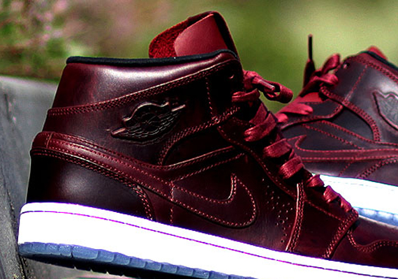 air jordan 1 mid nouveau team redstone