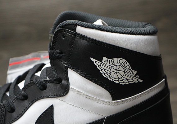 Air Jordan 1 Retro High OG quot Black/Whitequot Another Look