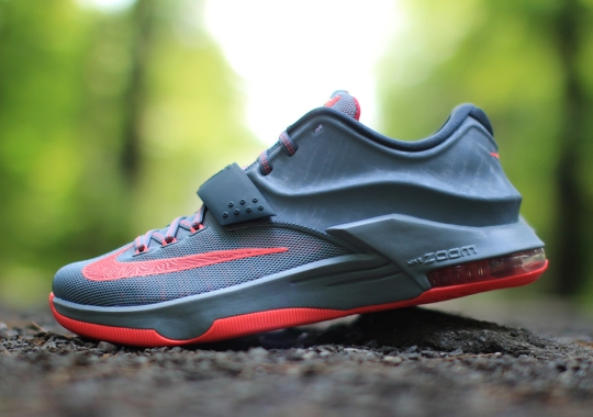"Nike KD 7 ""Calm Before the Storm"" – Arriving at Retailers"