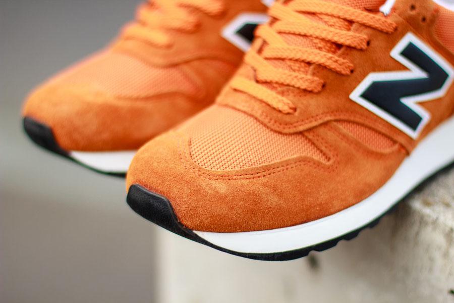 New Balance 670 Orange Black