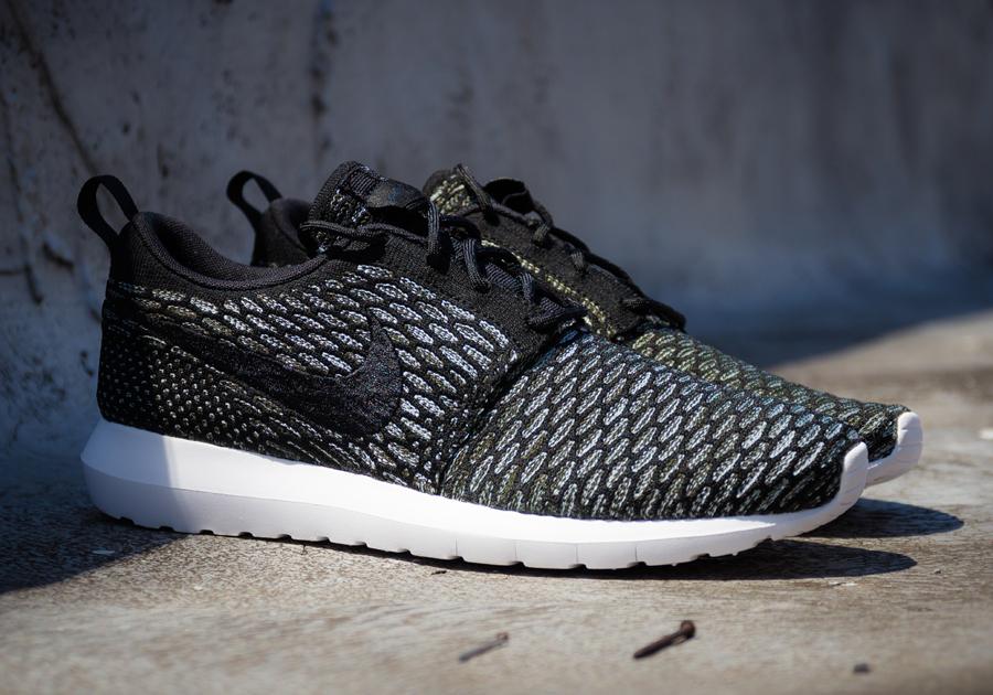sneakers for cheap 5409e 7e182 ... nike roshe run flyknit black white-multicolor ...