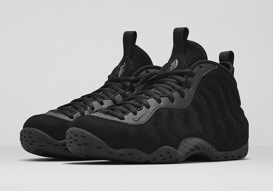 Nike Foamposite Blackout