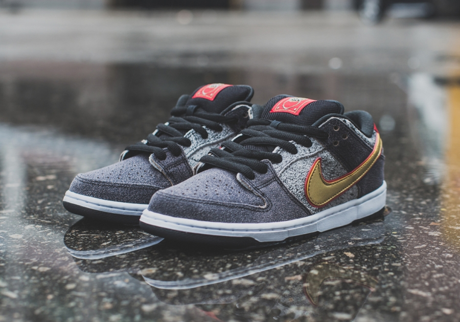 527b60ffa444 Nike SB Dunk Low PRM