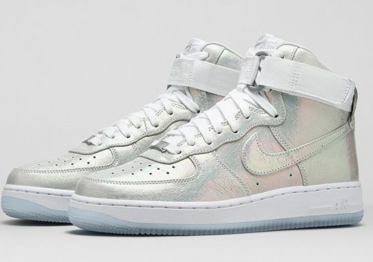 "Nike WMNS Air Force 1 ""Iridescent Pearl Collection"""