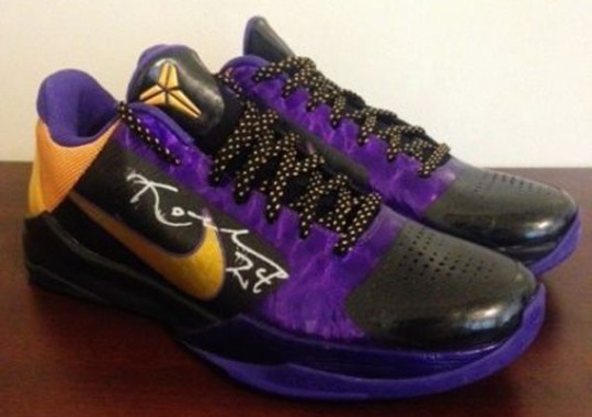 "Nike Zoom Kobe 5 – Kobe Bryant Autographed ""Away"" Pair on eBay"