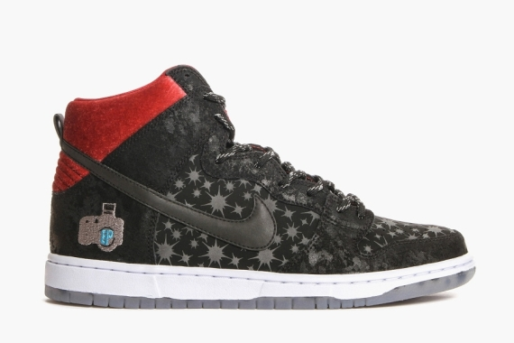 "new concept 1f926 921e6 Brooklyn Projects x Nike SB Dunk High ""Paparazzi"" Color  Black Black-Valiant  Red Style Code  313171-025. Release Date  08 02 14"