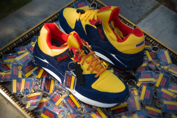 """13bc073b03aa Packer Shoes x Saucony Grid 9000 """"Snow Beach"""" Release Date  08 08 14.  Price   150"""