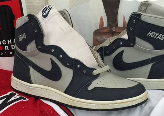 "Air Jordan 1 OG ""Hoyas"" from 1985"