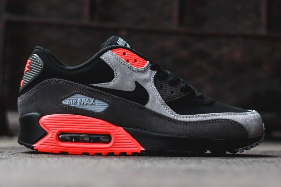 Nike Air Max 90 Black Ash Grey Total Crimson
