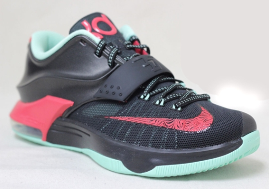 """Nike KD 7 """"Bad Apple"""" – Available Early on eBay"""