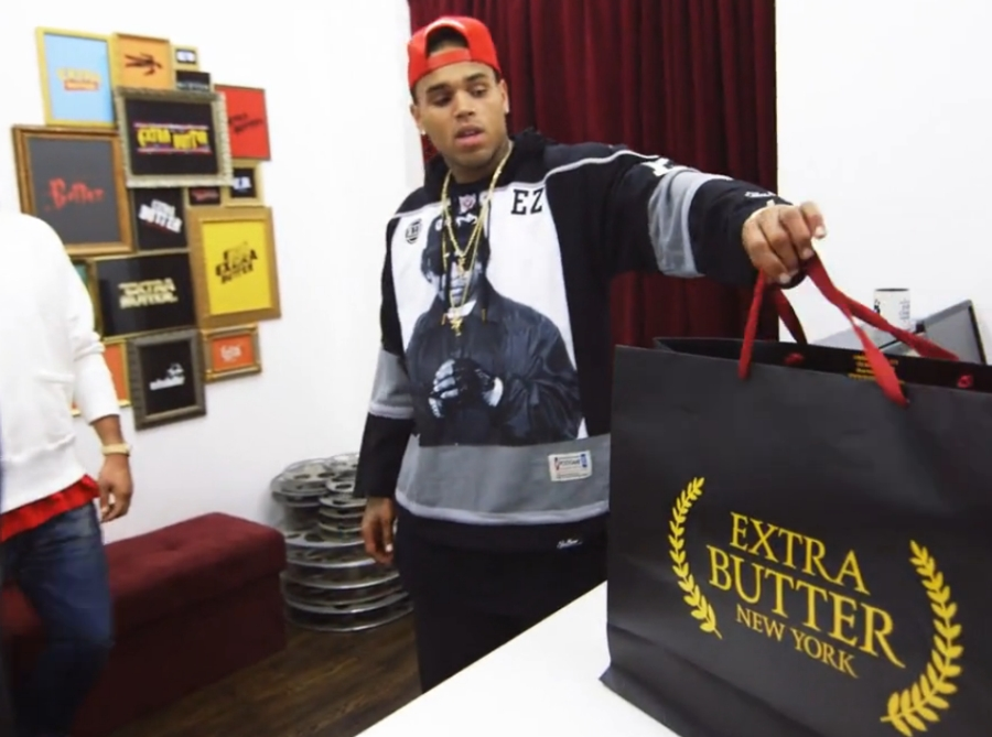 chris brown goes sneaker shopping with complex at extra