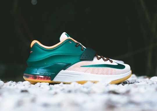 "Nike KD 7 ""Easy Money"" – Arriving at Retailers"