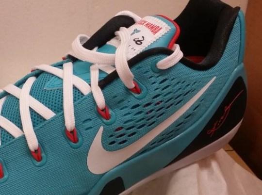 "Nike Kobe 9 EM ""Dusty Cactus"""