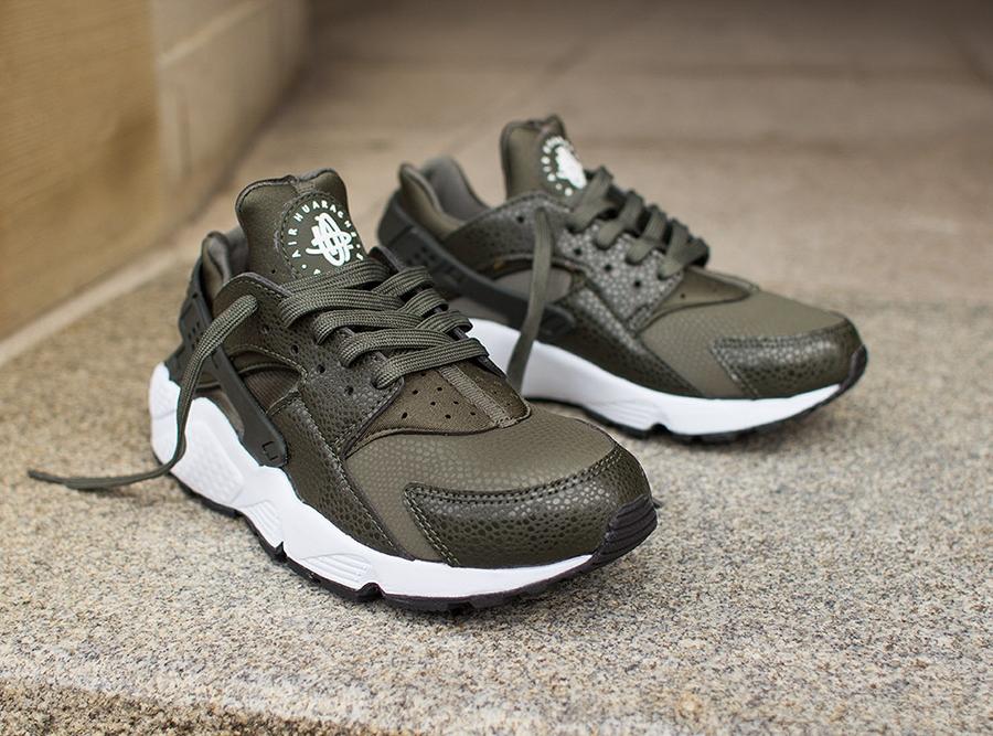 Huarache Nike Khaki