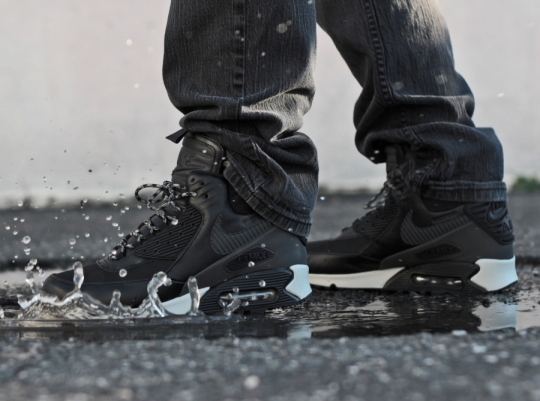 """Nike Air Max 90 Winterized Sneakerboot """"Black Reflective"""""""