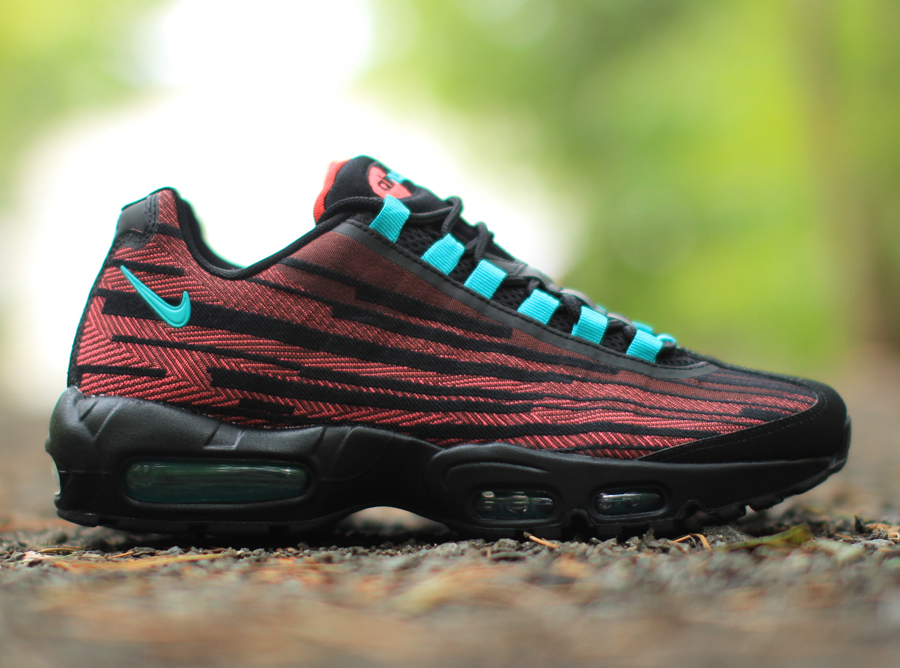 Nike Air Max 95 Jacquard - Cedar - Hyper Jade - Hyper Punch - SneakerNews.com