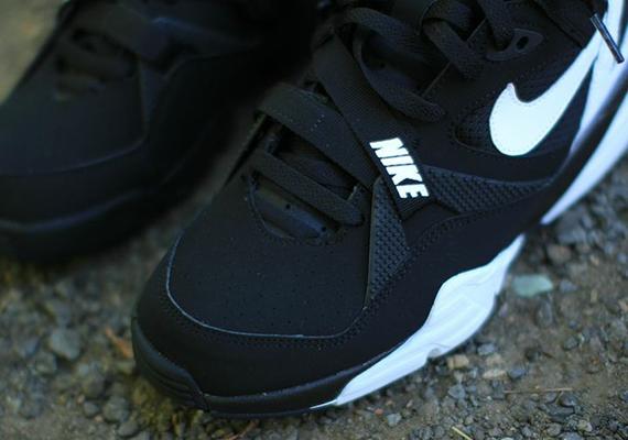 Nike Air Trainer Max  91 - Black - White  cbfab3ae0c06