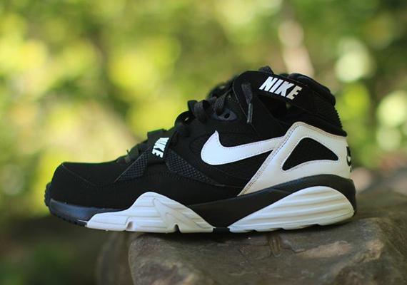 6eba54189370 Nike Air Trainer Max  91 - Black - White