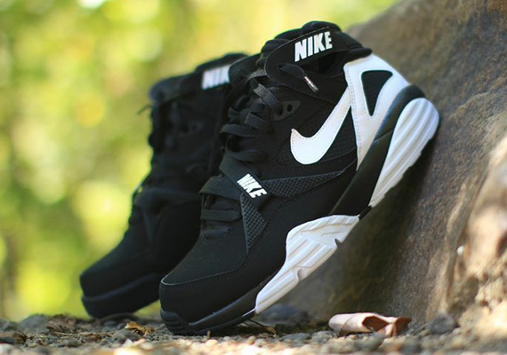 best authentic 85575 0efa3 Nike Air Trainer Max  91. Color  Black White Style Code  309748-004. Price    110