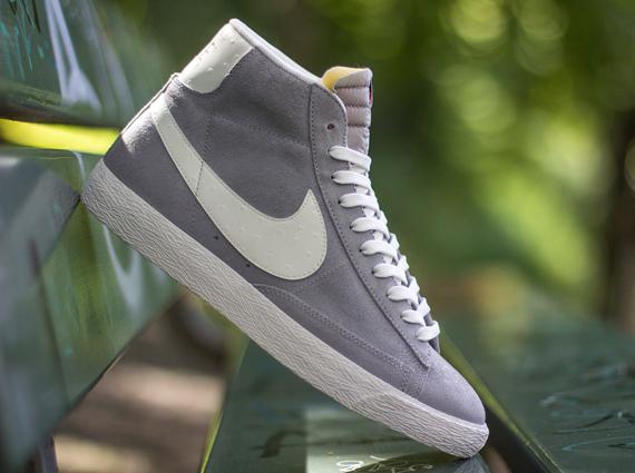 nike blazer grey