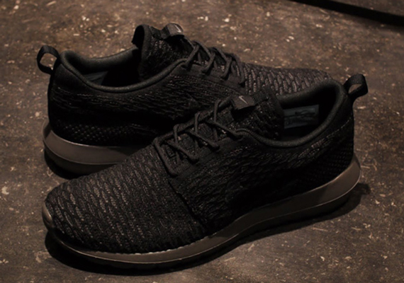 buy online 7db66 2132e Nike Flyknit Roshe Run Nm Black Black endeavouryachtservices.co.uk