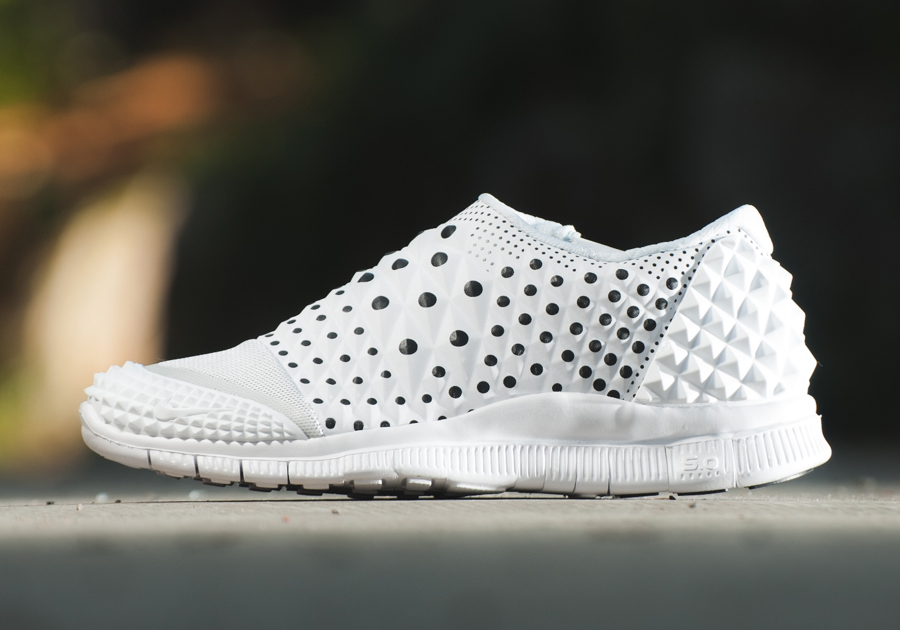 Nike Orbite Libre 2 De Blanc