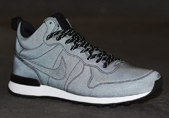 online retailer f2821 32403 Nike Internationalist Mid PRM