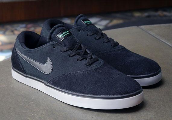 borde paquete Varios  Nike SB Eric Koston 2 LR - Black - Anthracite - Wolf Grey - SneakerNews.com