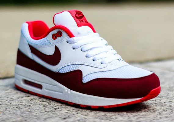 online retailer 744e4 55fd2 Nike Women s Air Max 1 – White – Team Red – Action Red