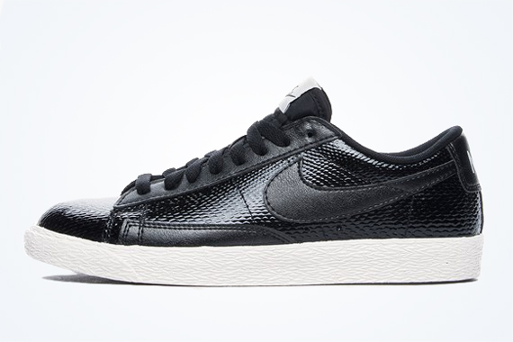 Nike wmns blazer mid black nike blazer snake skin mid suede prm leather buy nike womens blazer mid prm hi top nike wmns. Black nike blazer snake skin mid suede. Nike has dug up an old treasure with their Nike Blazer Mid, a re-make of Nike's first basketball shoe created in