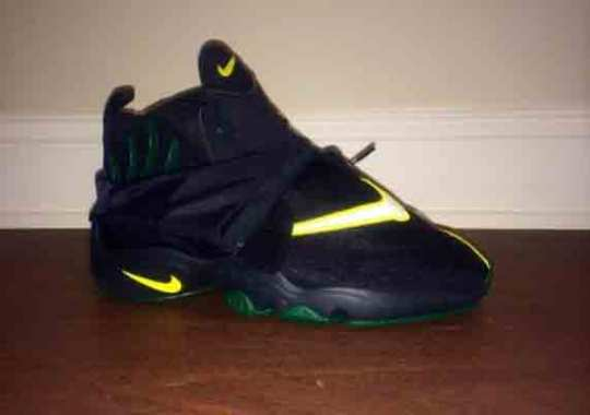 "Nike Zoom Flight The Glove ""Seattle Sonics"""