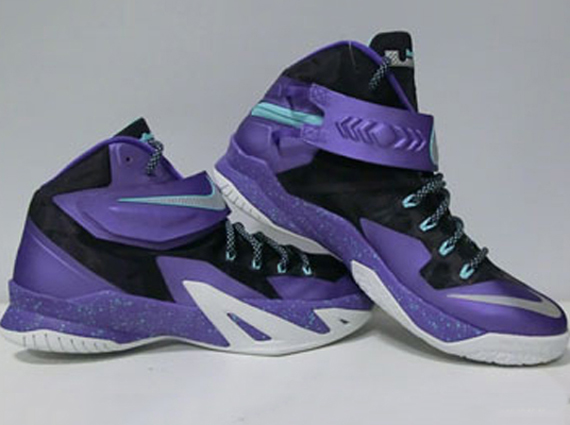 15ce657db0f Nike Zoom LeBron Soldier 8