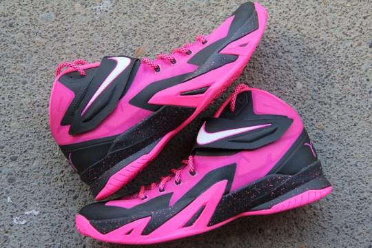"Nike Zoom LeBron Soldier 8 ""Think Pink"""