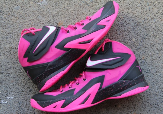 "Nike Zoom LeBron Soldier 8 ""Think Pink"""