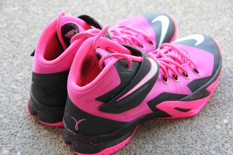 Lebron Soldier 8 Pink Nike Zoom LeBron Soldi...