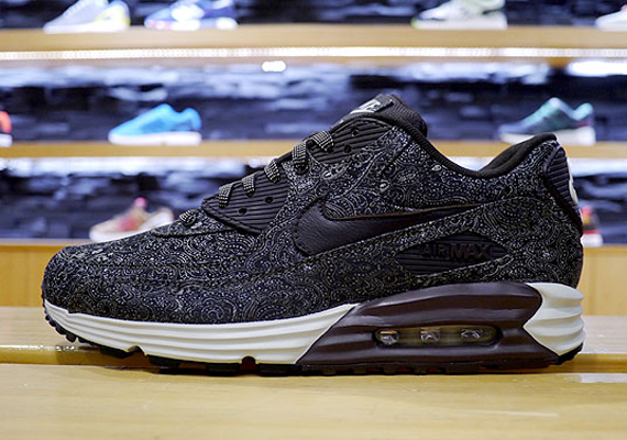 "first rate f9877 b2093 Another Look at the Nike Air Max Lunar90 ""Suit   Tie"" Pack"