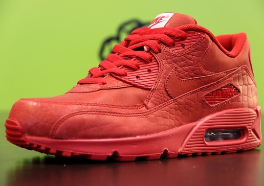 """A Look at NIKEiD Air Max 90 """"Croc"""" and """"Snake"""" Options"""