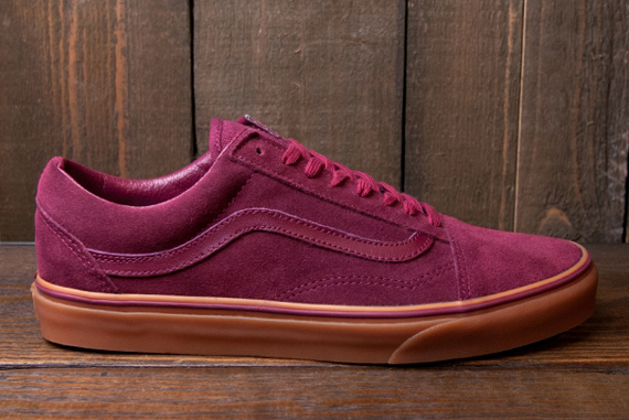 Vans Suede Old Skool Sneakers In Burgandy With Gum Sole
