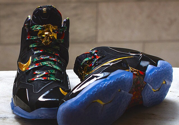 """Nike LeBron 11 """"Watch The Throne"""" Another Look"""