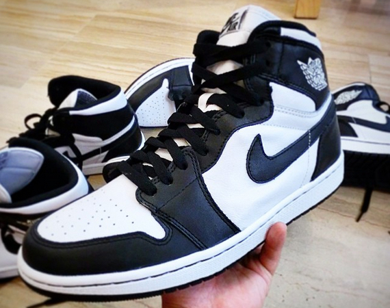 air jordan 1 retro white black